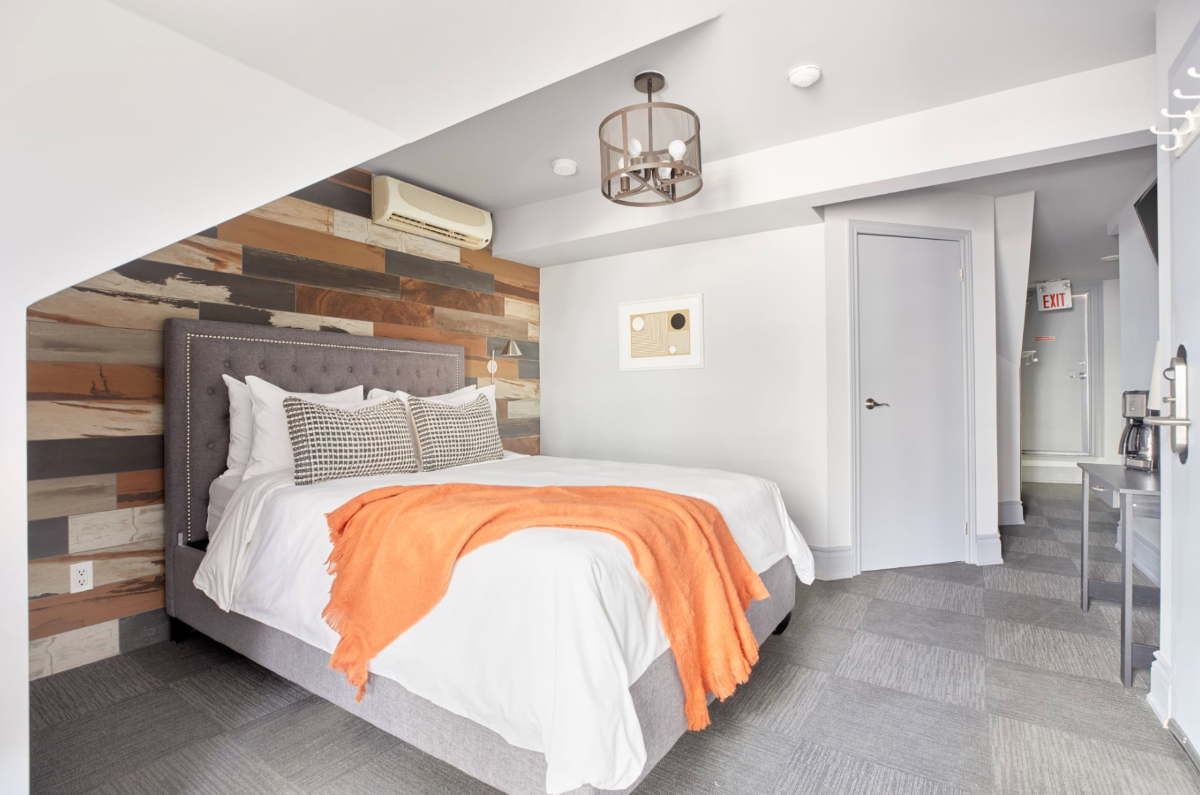 Serene Room + Courtyard at The Wellesley, a Boutique Hotel in the Heart of Toronto