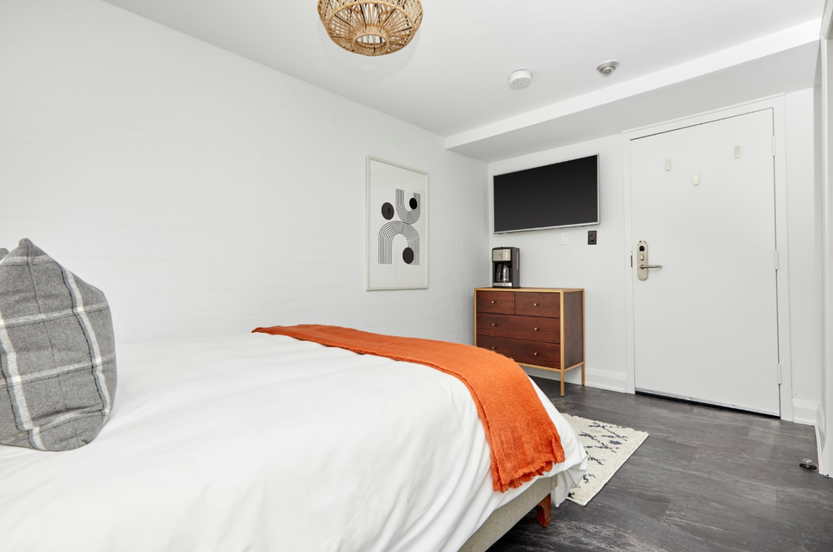 Simple Room at The Wellesley, a Boutique Hotel in the Heart of Toronto