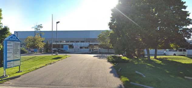 Warehouse/work space available in Scarborough