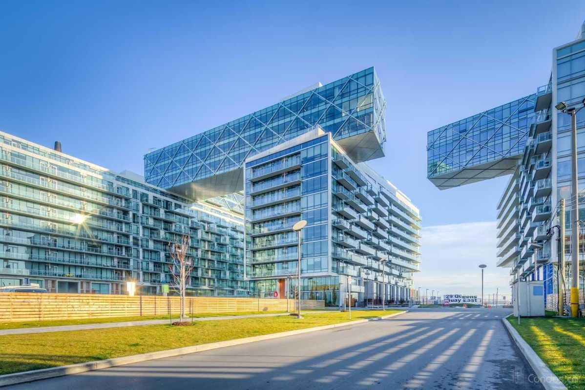 Parking for rent at Pier 27, 39 Queens Quay East, contact owner