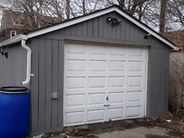 Garage for rent Ottawa St Hamilton