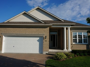 Parking space on driveway of house: Stouffville