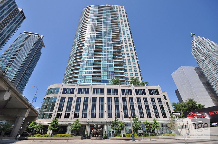 Parking spot for rent - downtown core - Yonge and Lakeshore