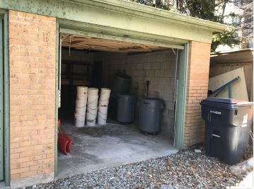 Garage Space at Admiral Rd.